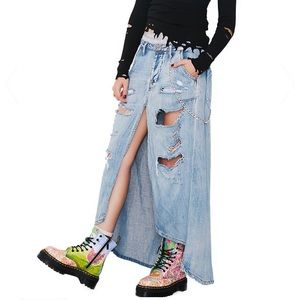 ONE X ONETEASPOON Font Split Jean Maxi Skirt
